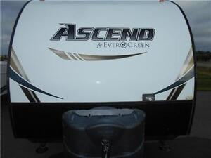 WOW!!! Evergreen Ascend Model 19RD Rear Dining Trailer 3,883 lbs