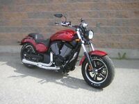 2013 Victory Judge Gloss Sunset Red