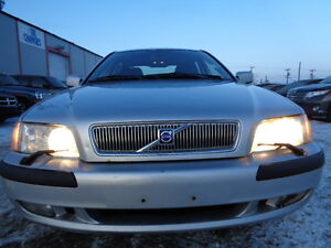 2001 Volvo S40 SPORT-LUXURY PKG--LEATHER-SUNROOF-AMAZING