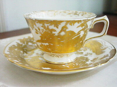 Royal Crown Derby GOLD AVES Cup and Saucer - NICE! Aves-cup