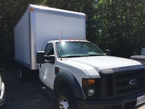 Ford F550 Super Duty Box Truck