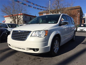 2009 CHRYSLER TOWN & COUNTRY TOURING (TOIT, DVD, MAGS, FULL!!!)