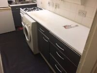 2 DOUBLE bedroom flat - £450 a month - Near City Centre - Big Lounge - Ideal for Students