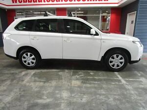 2012 Mitsubishi Outlander ZJ MY13 ES 2WD White 6 Speed Constant Variable Wagon Welshpool Canning Area Preview