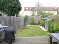 2 Bed Flat in Westleigh Avenue, Putney, London, SW15!!WALKING DISTANCE TO PUTNEY STATION!!