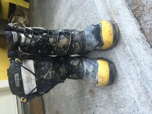 Dakota Winter Work Boots barely worn, never worked in