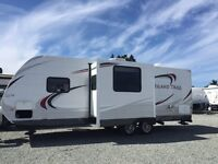 2013 26 Foot Travel Trailer-IMMACULATE