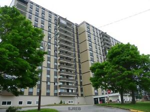 Carefree Living in Millidgeville! Updated Condo Brentwood !