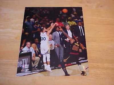 8x10 Action Nba Photo (Stephen Curry 2018 NBA Finals Action LICENSED 8X10 Photo FREE SHIPPING)