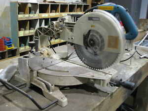 "Makita 12"" Mitre Saw-Dual Sliding Compound"