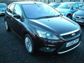 FORD FOCUS 1.6 TITANIUM TDCI 5d 108 BHP (red) 2008