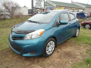 2014 TOYOTA YARIS 4DR HATCH ONLY 75,246 KM GAS SAVER!!