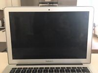mid 2012 Apple MacBook Air Laptop With Charger 13 inch - Excellent condition