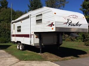 Fifth Wheel Prowler 24,5 pi