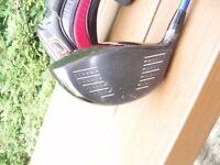 TITLEIST 913D2 10.5 DRIVER - VG CONDITION - WITH COVER