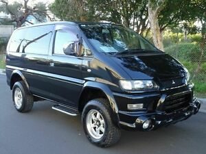 2005 Mitsubishi Delica SPACEGEAR LIFT KIT Black 4 Speed Automatic Wagon Taren Point Sutherland Area Preview