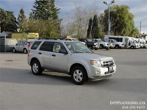 2009 FORD ESCAPE XLT LEATHER SUNROOF ONLY 73,000KM