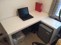 Smart White Corner Office Desk