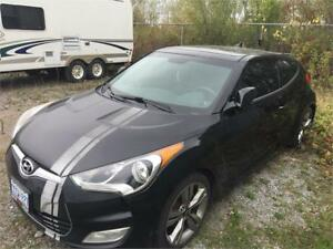 2012 Hyundai Veloster **PRICE DROP & FINANCING AVAILABLE**