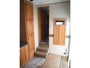 2008 Carriage Cameo 35SB3 Luxury 5th Wheel Trailer with 3 Slides Stratford Kitchener Area image 11