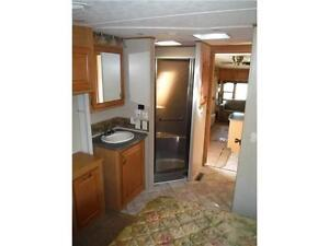 2008 Carriage Cameo 35SB3 Luxury 5th Wheel Trailer with 3 Slides Stratford Kitchener Area image 14
