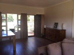 FOR RENT: - TO LET ALBANY LITTLE GROVE - AVAILABLE END OF MAY Little Grove Albany Area Preview