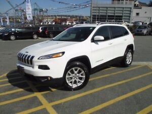 2016 Jeep CHEROKEE North 4X4 V6 (ONLY 8000 KMS! ALLOYS, FOGS, A/