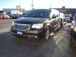 2014 Chrysler Town & Country Touring Minivan, Van