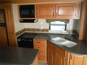 2008 Carriage Cameo 35SB3 Luxury 5th Wheel Trailer with 3 Slides Stratford Kitchener Area image 10