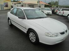 1999 Holden Commodore VT Executive White 4 Speed Automatic Sedan Coopers Plains Brisbane South West Preview