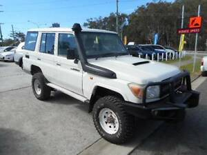 V8 LANDCRUISER WAGON TURBODIESEL TOYOTA ute suithilux tray tritin Southport Gold Coast City Preview