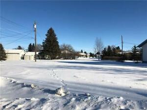 New Price!  Quiet street  awaiting your home in Shoal Lake MB
