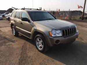 2006 Jeep Grand Cherokee Laredo-FREE OIL CHANGES! CALL NOW