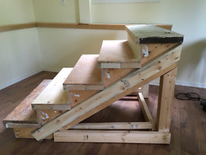 Set of wood stairs