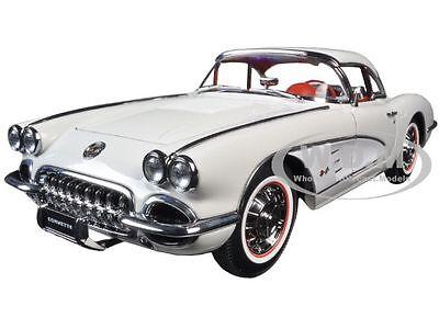1958 CHEVROLET CORVETTE SNOWCREST WHITE 1:18 DIECAST MODEL CAR BY AUTOART 71147