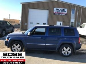 2010 Jeep Patriot Limited Leather Loaded 4x4!!