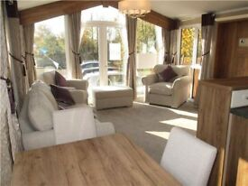 **MUST SEE** Stunning caravan / holiday home for sale! 11 month season, Clacton on Sea, Essex