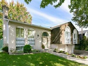Brossard double garage big Bungalow for rent