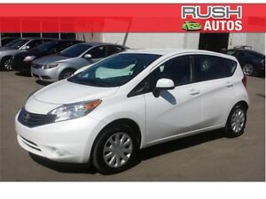2014 Nissan Versa Note SV FWD Hatchback **LOW LOW KMs**
