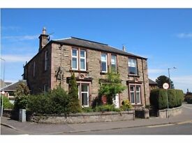 Two bed Upper Conversion for rent in Claremont Alloa.