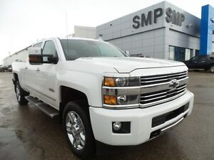 2016 Chevrolet Silverado 2500HD High Country PST paid, leather,