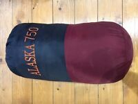**£10 ONLY. **Alaska 750 Sleeping Bag **. Comes in the bag. Collect from W13 **