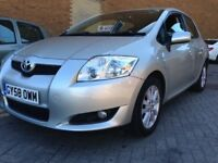 cheap toyota auris! 5 door 2.0 litre diesel! great spec car!