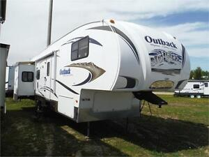2010 Outback Sydney 321FRL Luxury 5th wheel with 3 slide outs