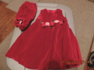 Girl's Size 24 months Children's Place Holiday Outfits London Ontario image 1