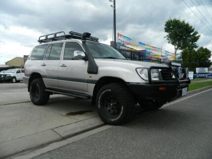 2001 Toyota Landcruiser HDJ100R GXL (4x4) Silver 5 Speed Manual 4x4 Wagon Williamstown North Hobsons Bay Area Preview
