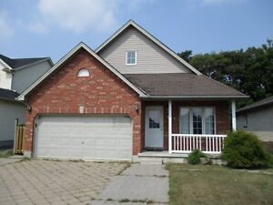 Fanshawe Students!  1 /6 bedroom september house left!