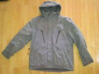 NEW Men's Helly Hansen Winter Jacket **Size L**