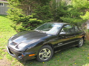 2000 Pontiac Sunfire Coupe - ONLY 24 000 km - NEW PARTS!