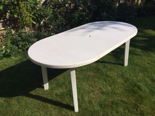 White plastic patio table in chineham hampshire gumtree for White patio table